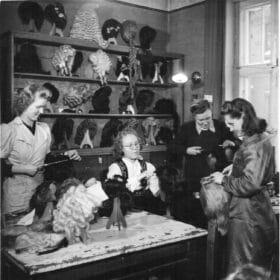 Kampaajia työssä 1940-luvulla